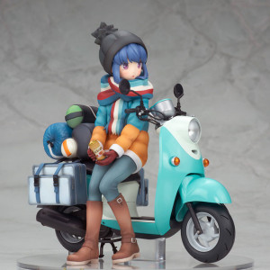 Shima Rin with Scooter